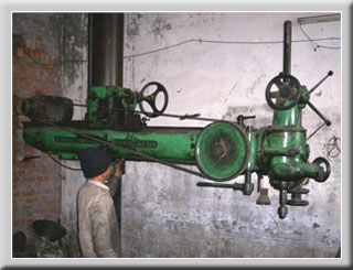 Heavy Drilling Machine